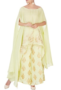 light-green-cape-with-elbow-slit-sleeves