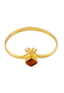 gold-tigers-eye-stone-bangle