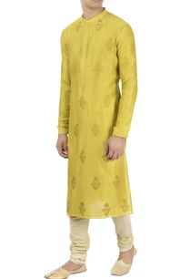 yellow-patra-embroidered-kurta