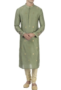 green-kurta-with-embellished-sleeves