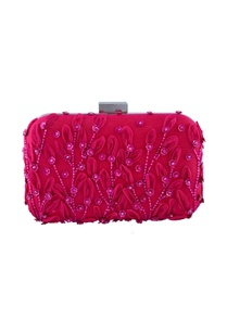 pink-floral-embroidered-clutch