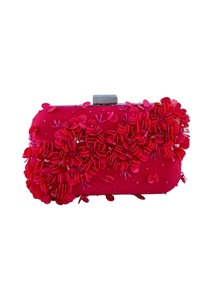 pink-clutch-with-floral-embellished-motifs
