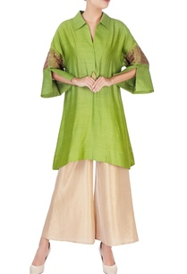 green-thread-embroidered-kurta