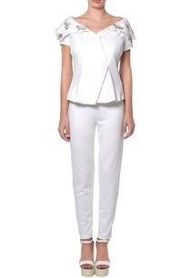 white-jacket-blouse-pants