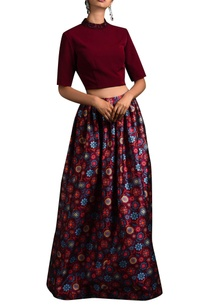 oxblood-crop-top-floral-skirt