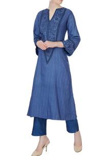 blue-floral-kurta-cigarette-pants