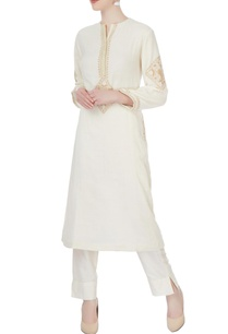 white-embroidered-kurta-pants