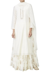 natural-embroidered-suit-with-side-slits