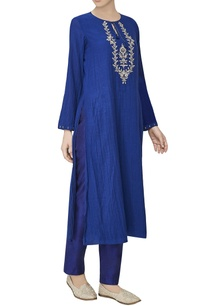 blue-embroidered-georgette-kurta