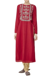 red-embroidered-kurta