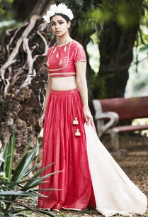 pink-lehenga-in-floral-sequin-embroidery