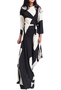 black-white-asymmetric-dress