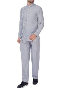 grey-checkered-loose-trousers