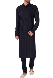 black-anchor-embroidered-kurta