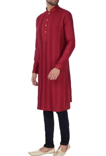 maroon-anchor-embroidered-kurta