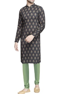 black-floral-printed-kurta-men