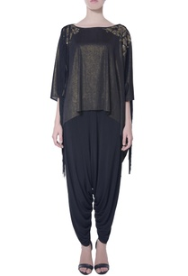 black-shimmer-tassel-cape