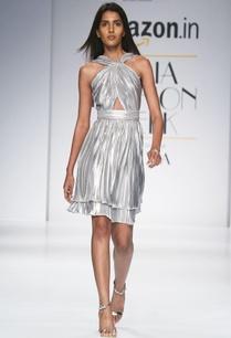 metallic-silver-double-layer-dress