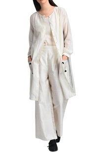 white-shirt-dress-with-kantha-embroidery