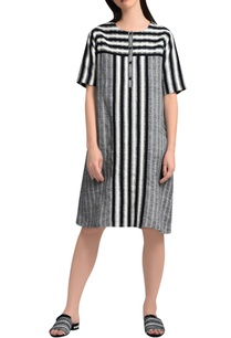 white-black-stripe-tunic