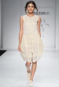 white-dhoti-style-tunic