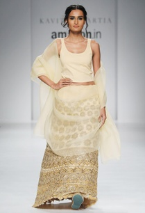 light-yellow-embroidered-lehenga