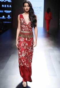 red-embellished-fitted-gown