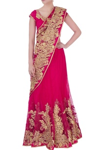 pink-embroidered-sari-with-blouse-petticoat