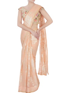 peach-sari-with-floral-blouse-petticoat