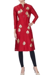 red-zari-embroidered-kurta