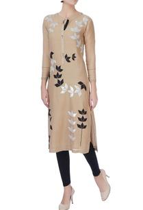 beige-hand-embroidered-kurta