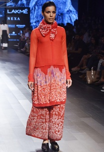 red-drop-waist-kurta-pleated-pants