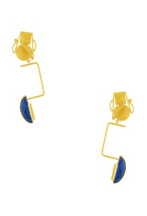 gold-plated-long-statement-earrings