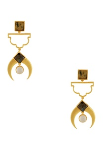 gold-plated-circular-stone-earrings