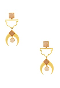gold-plated-earrings-with-peach-stonework