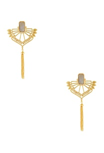 gold-long-tassel-earrings