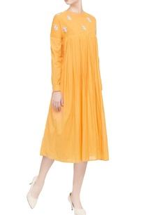 mango-yellow-embroidered-patch-dress