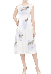 white-zebra-printed-midi-dress