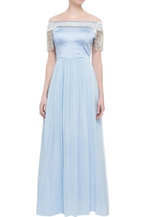 english-blue-tassel-gown