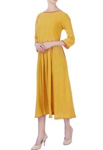 yellow-box-pleated-midi-dress