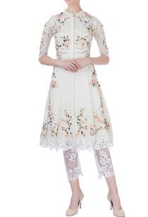 white-rose-motif-embellished-kurta-set