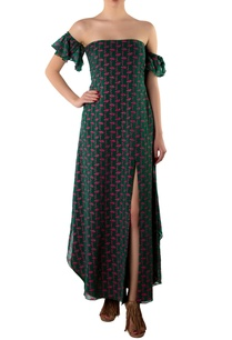 green-off-shoulder-georgette-maxi-dress