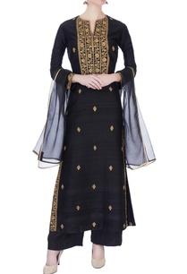 black-handloom-raw-silk-kurta-set