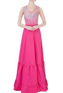 pink-gown-in-silver-applique-work