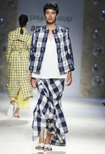 blue-white-gingham-check-jacket