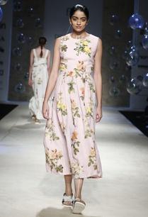 pink-floral-printed-midi-dress