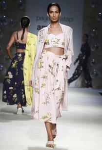 pink-floral-printed-bralette-blouse