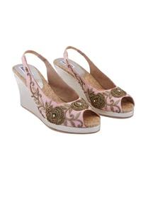 pink-kundan-bead-embellished-wedges