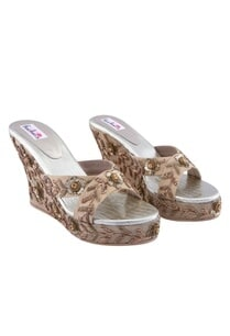 gold-open-butterfly-motif-wedges