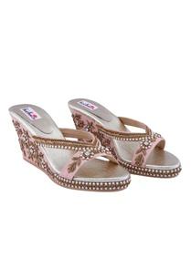 pink-pearl-floral-motif-wedges